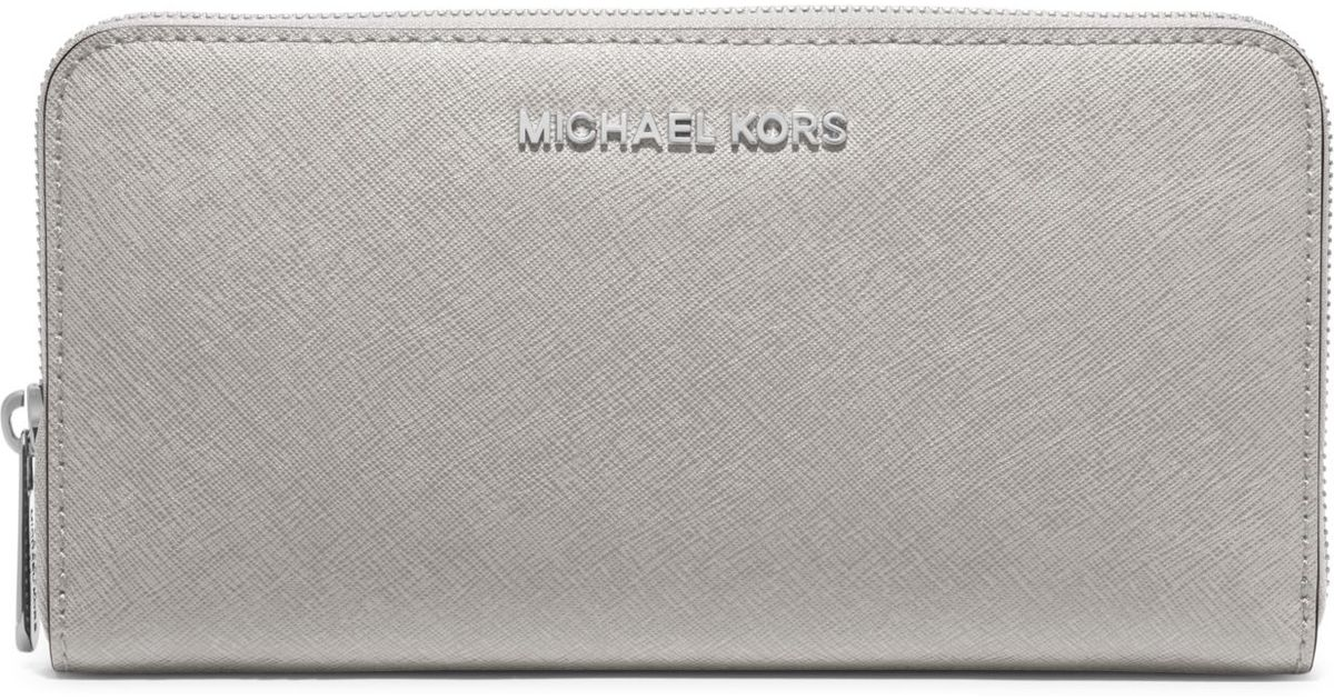 775de8130b8dea Michael Kors Jet Set Travel Saffiano Leather Continental Wallet in Gray -  Lyst
