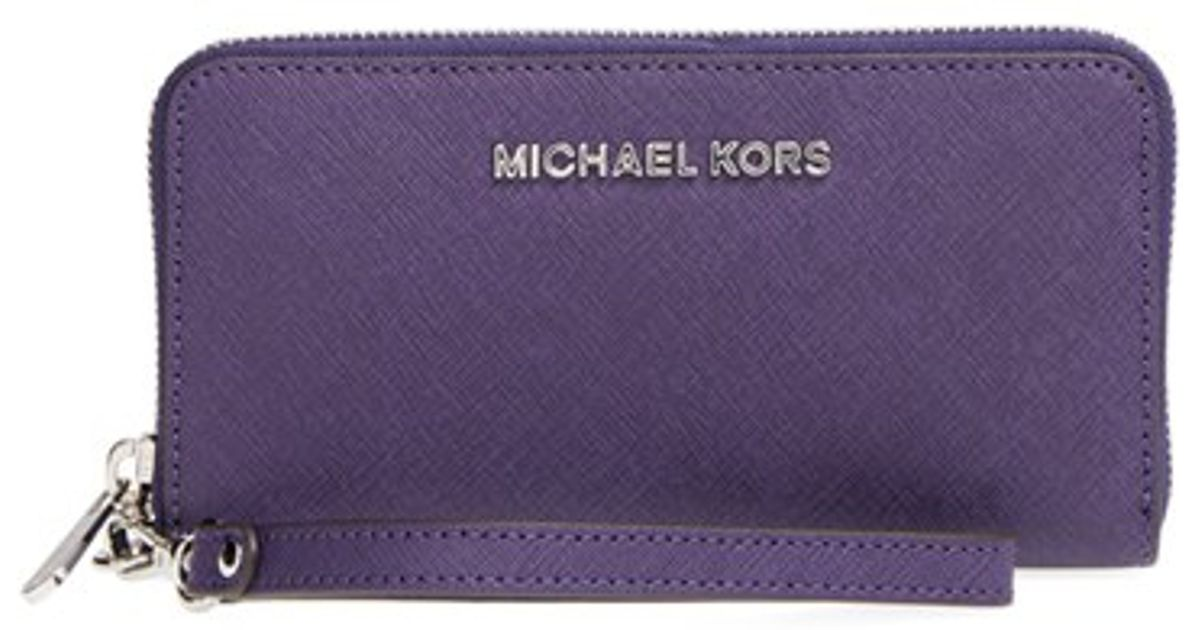 ba4975f801 MICHAEL Michael Kors 'jet Set' Saffiano Leather Phone Wristlet - Purple in  Purple - Lyst