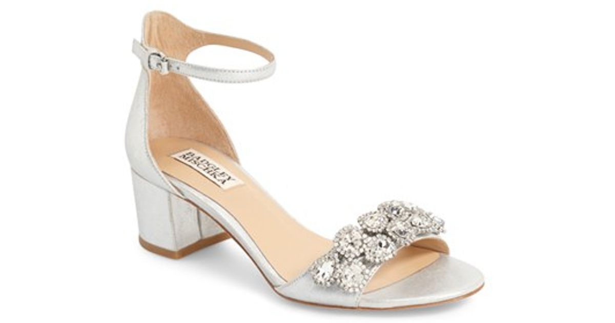 36e4a8d9127 Badgley Mischka - Metallic Clove Embellished Evening Sandals - Lyst