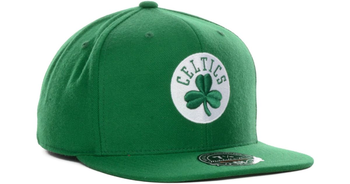 02146308b3bdcc Nike Mitchell Ness Boston Celtics Nba Current Logo Fitted Cap in Green for  Men - Lyst