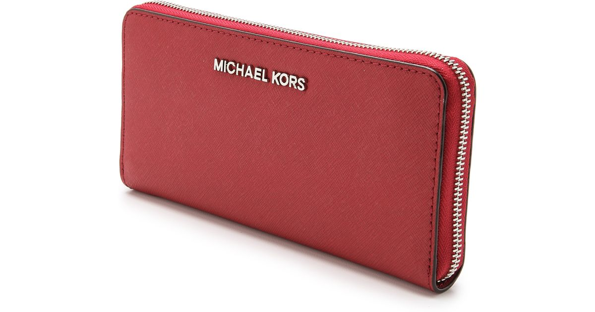 03676360e825 MICHAEL Michael Kors Jet Set Travel Za Continental Wallet Scarlet in Red -  Lyst