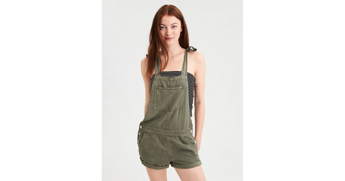 d7aea59ae168 Lyst - American Eagle Ae Tomgirl Overall Short in Green