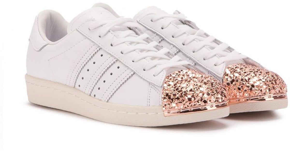 quality design 0adf7 34dc4 Adidas - White Superstar 80s W