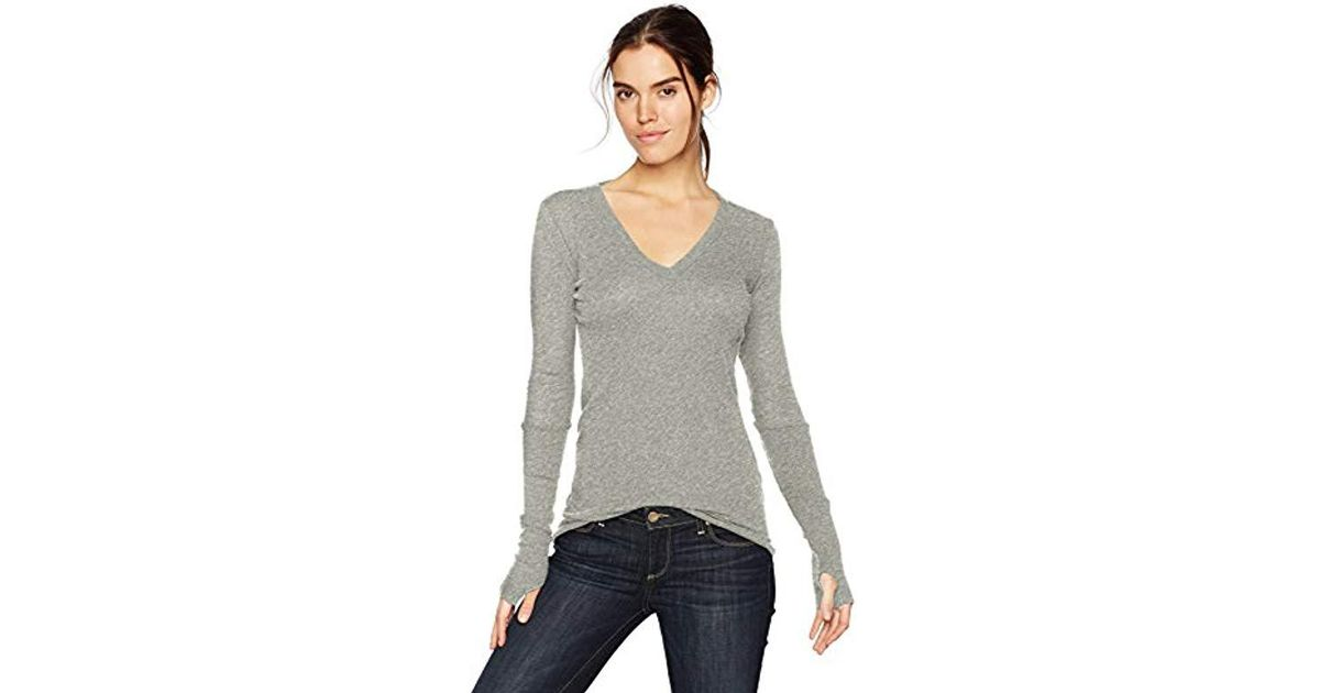 e2b97c535b31c2 Lyst - Enza Costa Cashmere Long Sleeve Cuffed V-neck Top With Thumbhole in  Gray - Save 2.614379084967325%