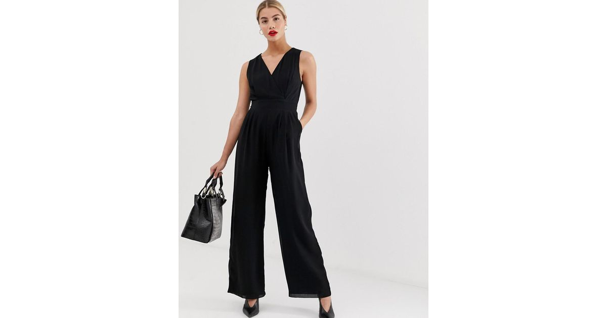 9aabfe8a3767 Lyst - Yumi  Tailored V Neck Jumpsuit in Black