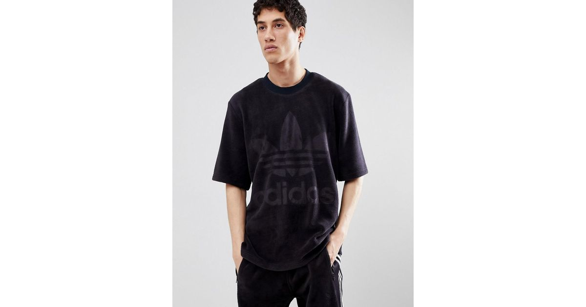 b5ec8c2abf53 adidas Originals Adicolor Velour T-shirt In Oversized Fit In Black Cy3548  in Black for Men - Lyst