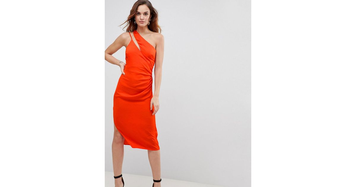 f82fa8b771f6b Robe fourreau sexy en satin martel avec fines bretelles et paule fendue ASOS  en coloris Orange - Lyst