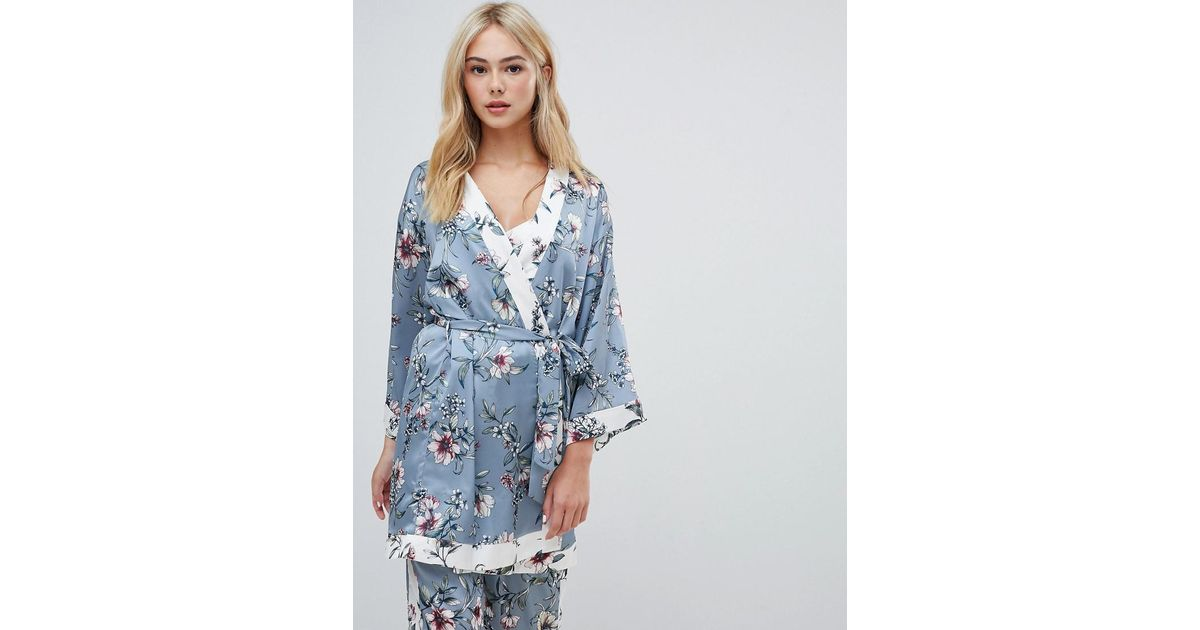 0a7d7ffdc3 New Look Floral Satin Robe in Gray - Lyst