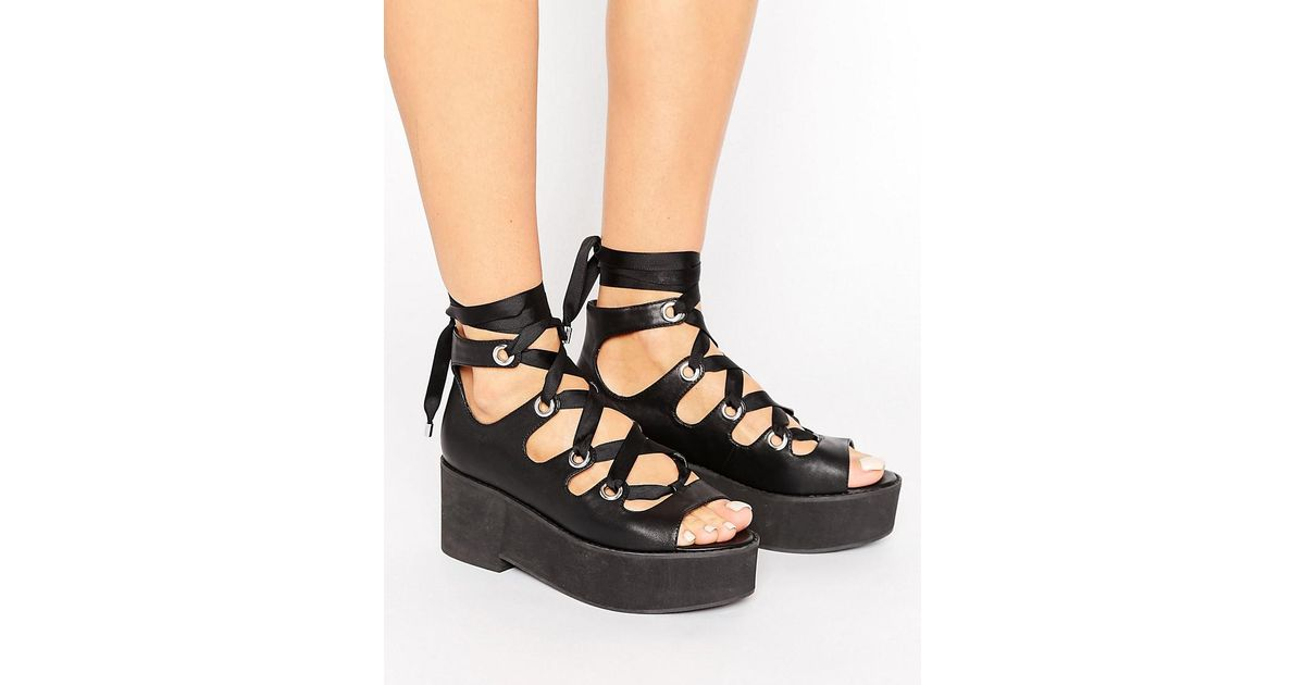 363f3da5fbb Lyst - ASOS Oh My! Lace Up Flatforms in Black