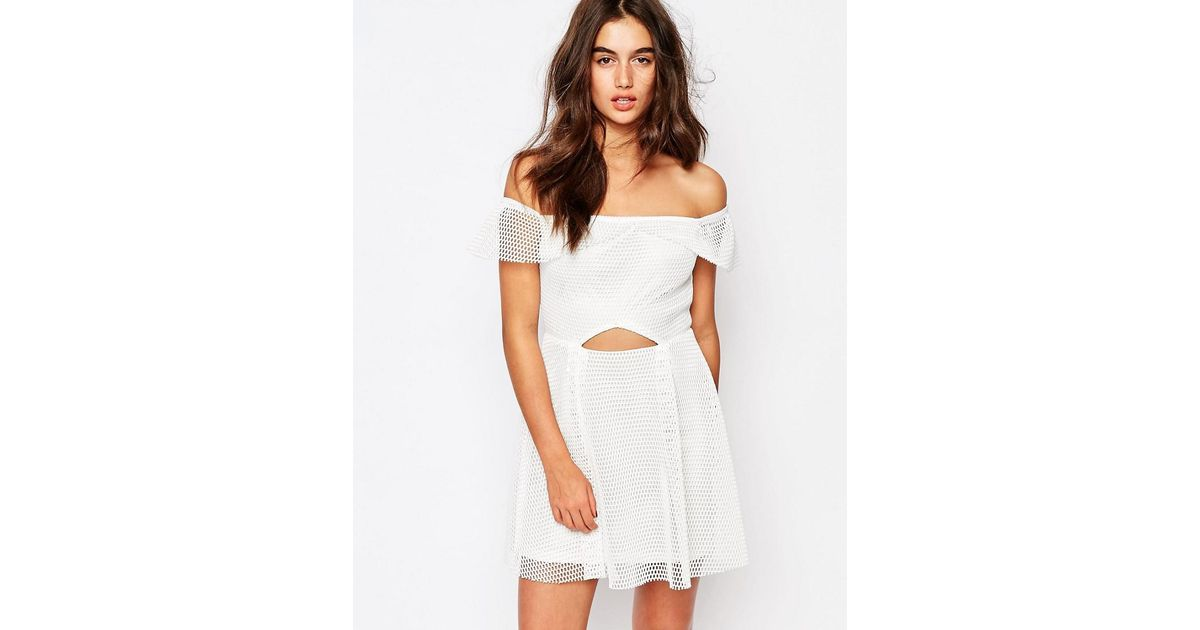 Lyst - Missguided Bardot Grid Lace Prom Dress in White