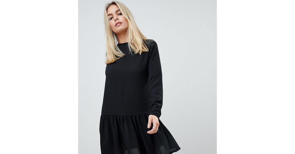8b96f274dca PrettyLittleThing Long Sleeve Frill Hem Shift Dress In Black in Black - Lyst