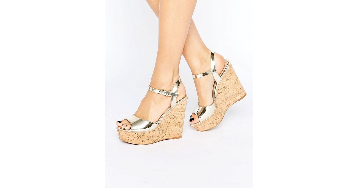 86d9b2afb9f Lyst - ALDO Aralinna Platform Wedge Sandals in Metallic