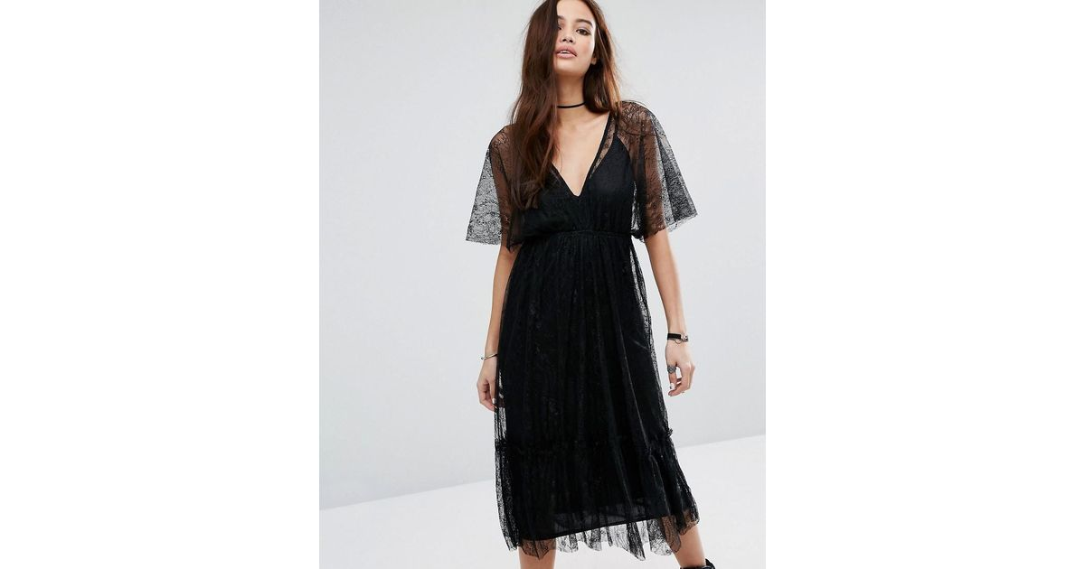 917cd18811 Lyst - Pull Bear Deep V Lace Midi Dress in Black