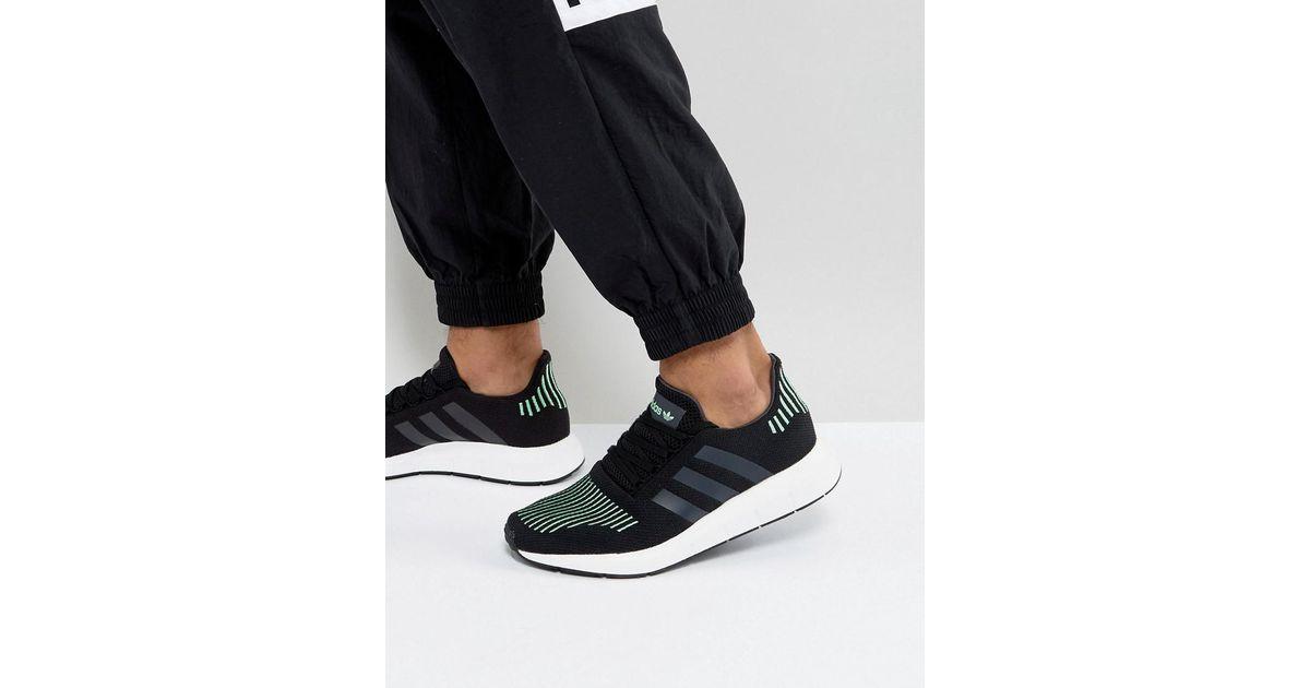 adidas originali swift run scarpe nere cg4110 in nero per gli uomini.