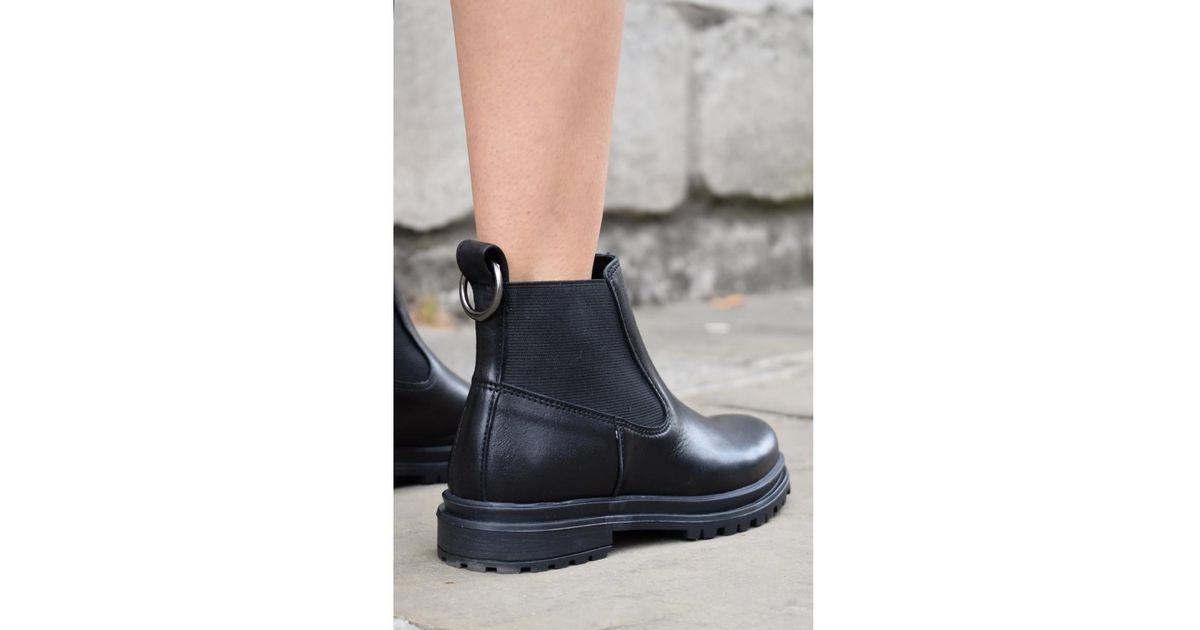 5a300bacc999c6 Lyst - Shoe The Bear Akira Black Chelsea Boots in Black