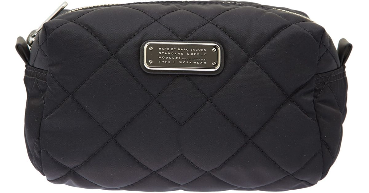 067ae1ad46fb Marc By Marc Jacobs Large Black Crosby Quilted Cosmetic Bag in Black - Lyst