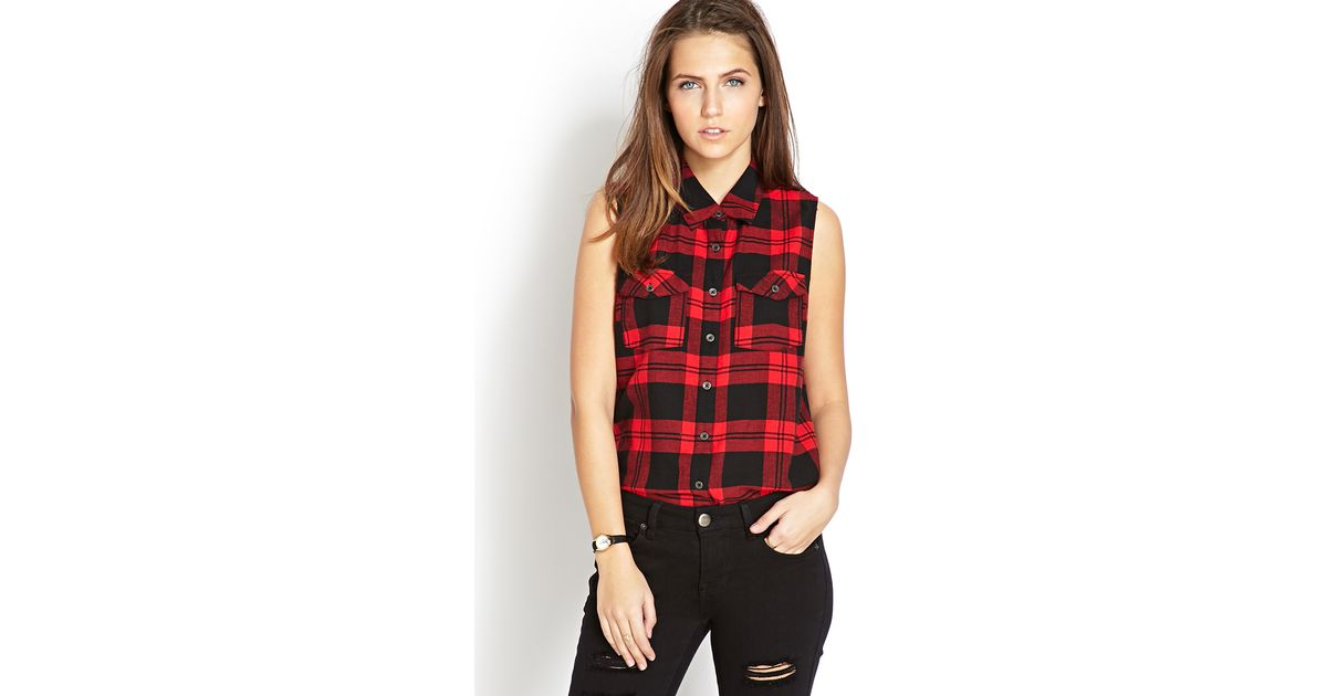 The HDMC Sleeveless Plaid Shirt is washed soft and printed with distressed graphics for a well-worn look. Build your outfit by pairing this women's sleeveless top with cutoffs or distressed jeans. Free Shipping with $50 purchase.