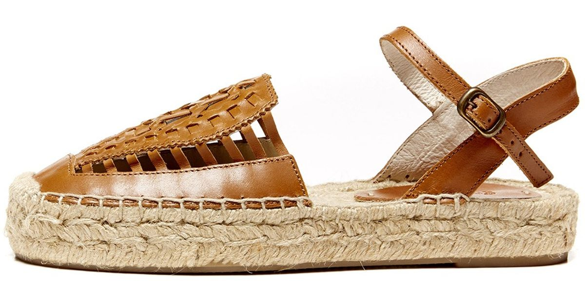 de16d2ae04a5 Lyst - Soludos Leather Platform Huarache Sandal in Brown