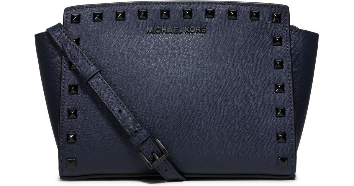 cff436597c6edf Michael Kors Selma Medium Studded Leather Messenger in Blue - Lyst