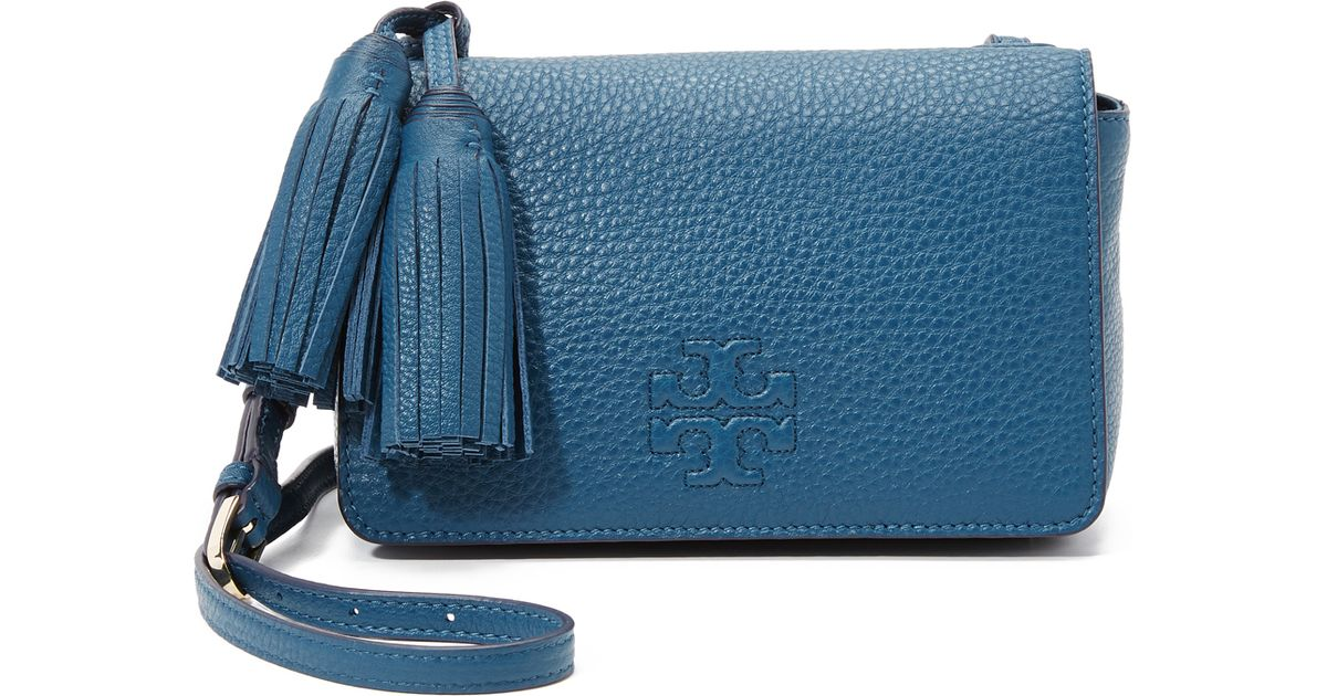 ea095782964 Tory Burch Thea Mini Bag in Blue - Lyst