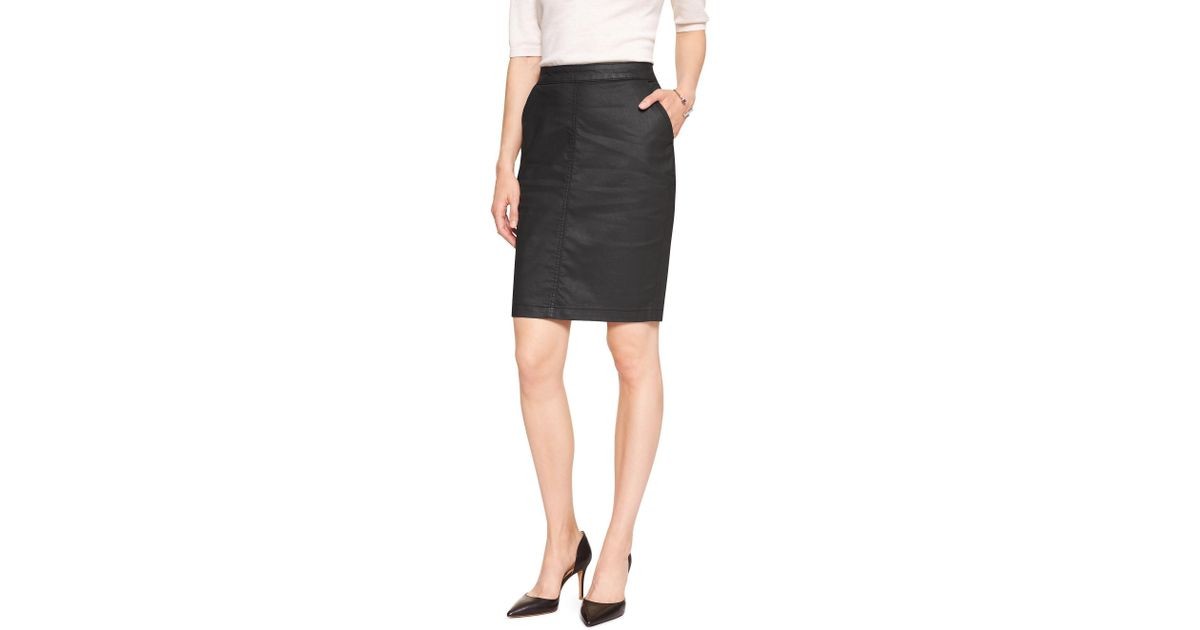 4c0662cddc Banana Republic Factory Coated Denim Pencil Skirt in Black - Lyst
