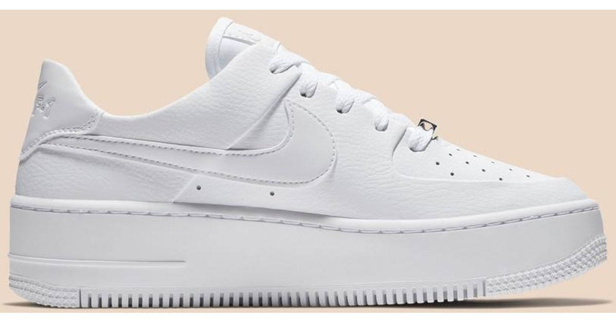 282934430d4d Lyst - Nike Air Force 1 Sage Low in White