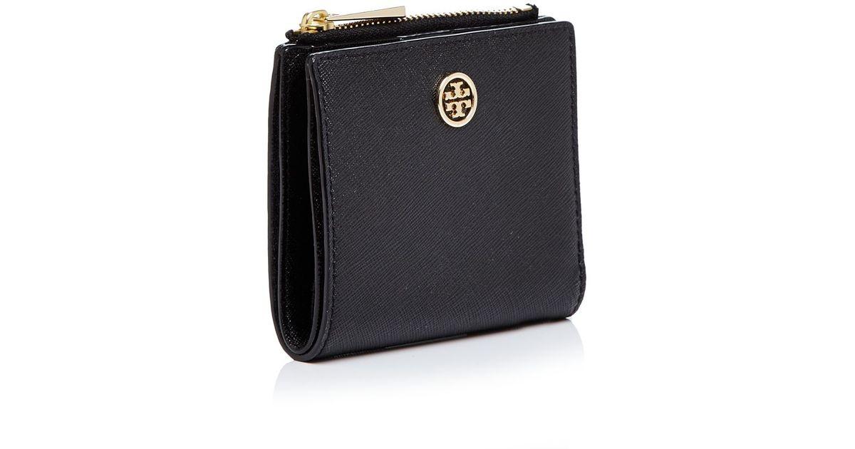 025800ba8 Tory Burch Robinson Mini Bi-fold Wallet in Black - Lyst