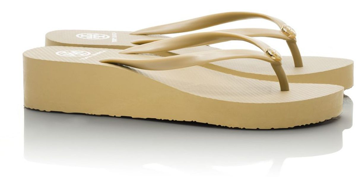 a85ba1a09ccf Lyst - Tory Burch Wedge Thin Flip-Flop in Natural