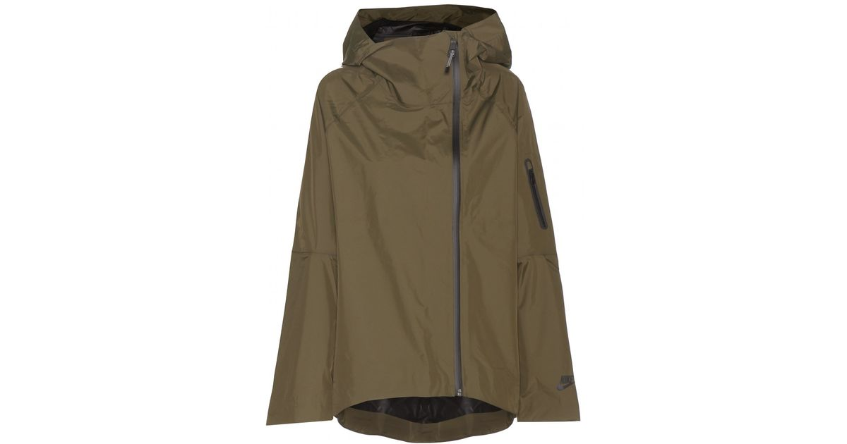 64c101fc3fe3 Lyst - Nike Woven H2o Raincoat in Natural
