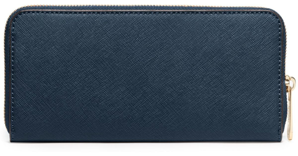 ee2ee4c5320d Lyst - Michael Kors Jet Set Travel Saffiano Leather Continental Wallet in  Blue