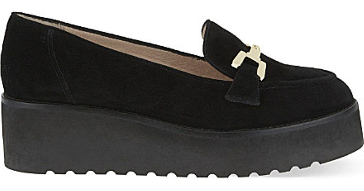 c2f44303786 Lyst - Carvela Kurt Geiger Latch Suede Platform Loafers in Black