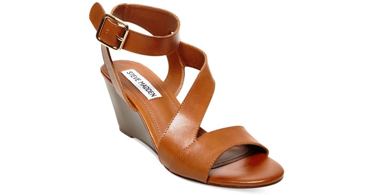 8b7566683ce2 Lyst - Steve Madden Women S Stipend Wedge Sandals in Brown