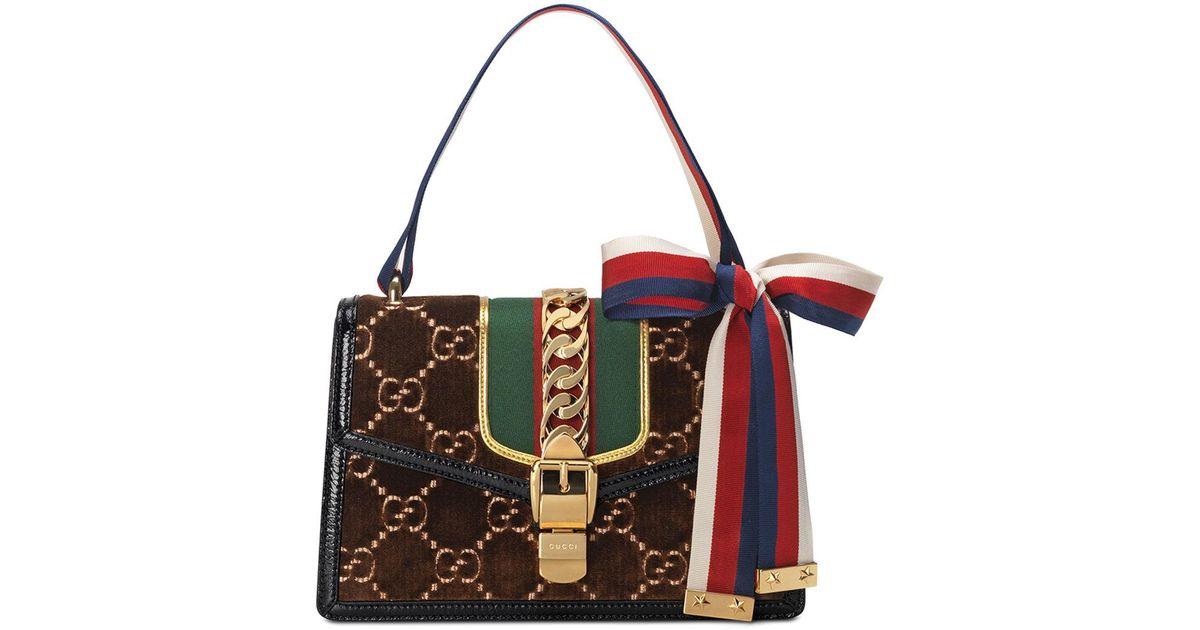5e0ec7f77 Gucci Sylvie Velvet Gg Supreme Crossbody Bag in Brown - Lyst