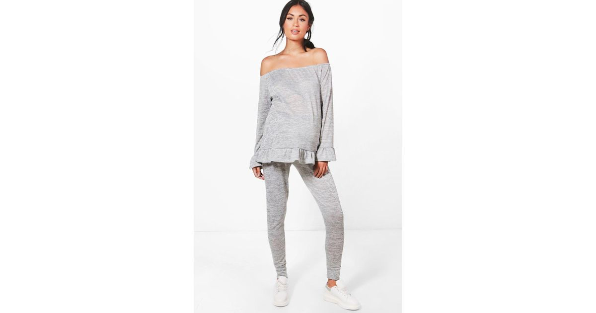 a2b52665f Lyst - Boohoo Maternity Ella Ruffle Top Loungewear Set in Gray