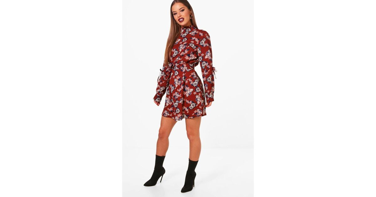 95f051079f6af Boohoo Petite Tie Waist Woven Shift Dress in Red - Lyst