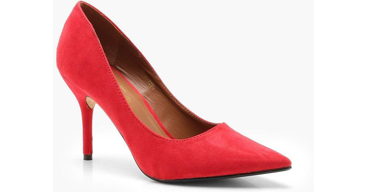313c18f99fa Boohoo Pointed Mid Heel Court Shoes in Red - Lyst