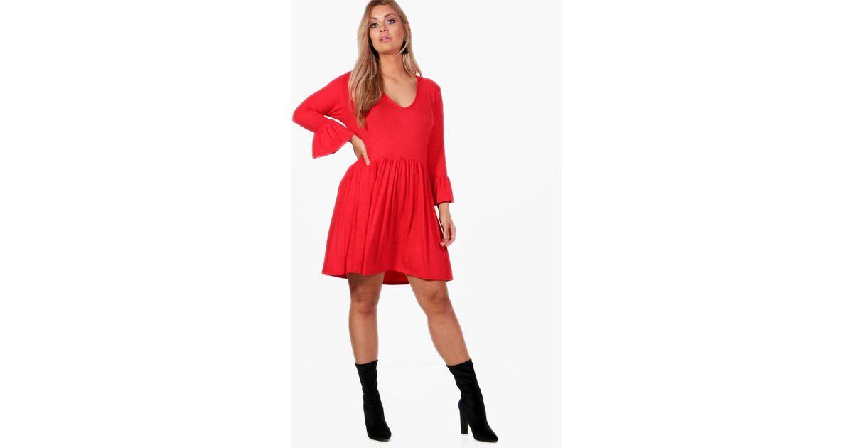 Lyst - Boohoo Plus V Neck Skater Dress in Red 61da0fe43