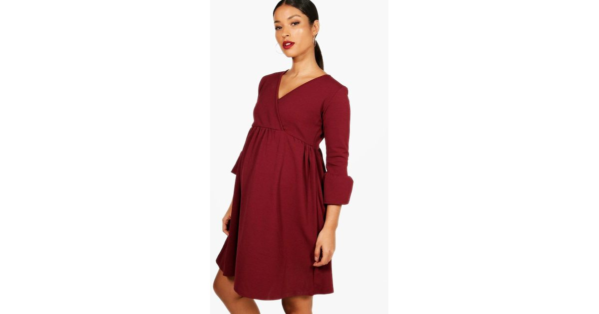 57f12ef2c853 Lyst - Boohoo Maternity Kate Crepe Ruffle Smock Dress in Red
