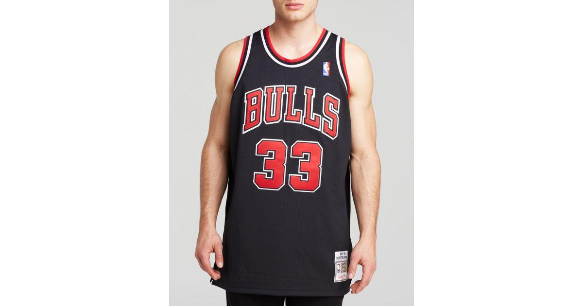 411193ae595 Mitchell & Ness 1997-98 Chicago Bulls Scottie Pippen Jersey in Black - Lyst
