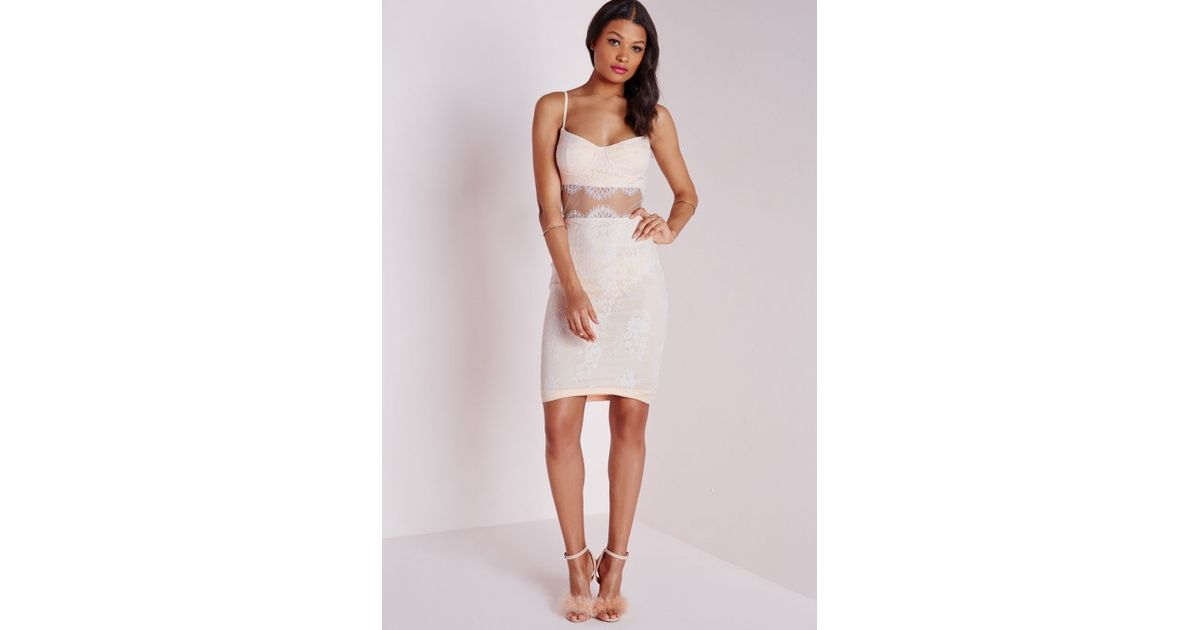 983d346561e Lyst - Missguided Bust Cup Lace Midi Dress White in White