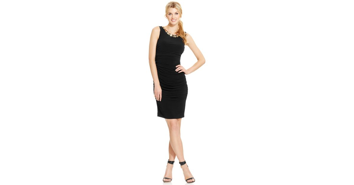 adb7dabebd571 Calvin Klein Necklace-trim Ruched Sheath Dress in Black - Lyst