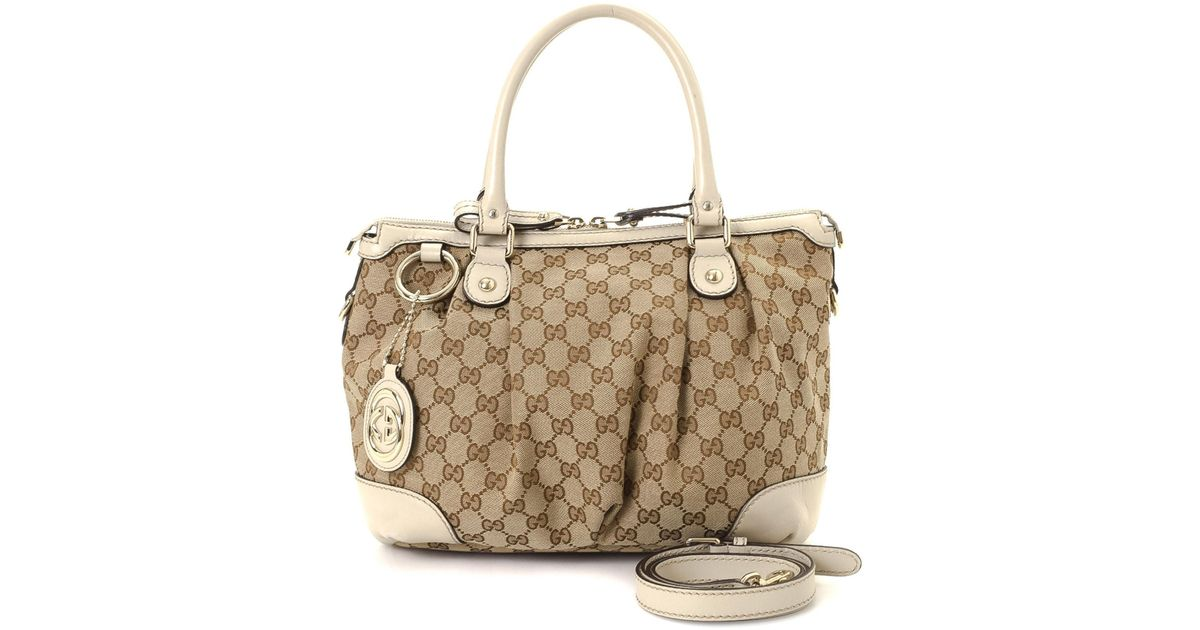 3cfd003cd3e Lyst - Gucci Gg Canvas Sukey Two-way Handbag - Vintage in Natural