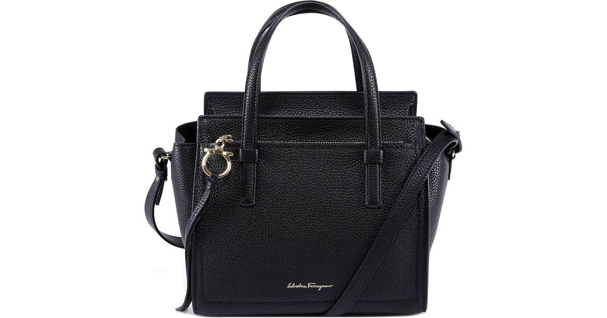 4abf6fe3179f Ferragamo Amy Tote Bag in Black - Lyst