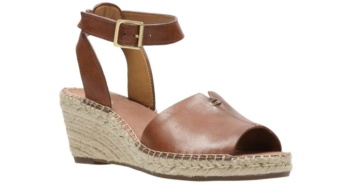 9a72851dd08c Clarks Petrina Selma Womens Casual Sandals in Brown - Lyst