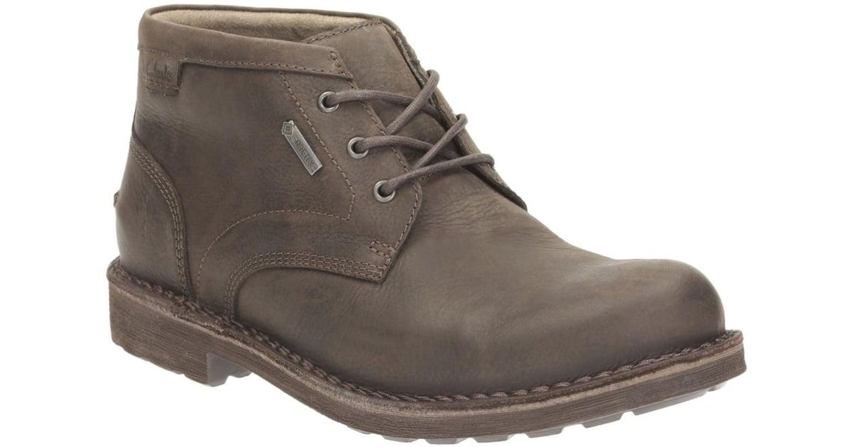 c60eeeb6780 Clarks - Brown Lawes Mid Gtx Mens Casual Boots for Men - Lyst