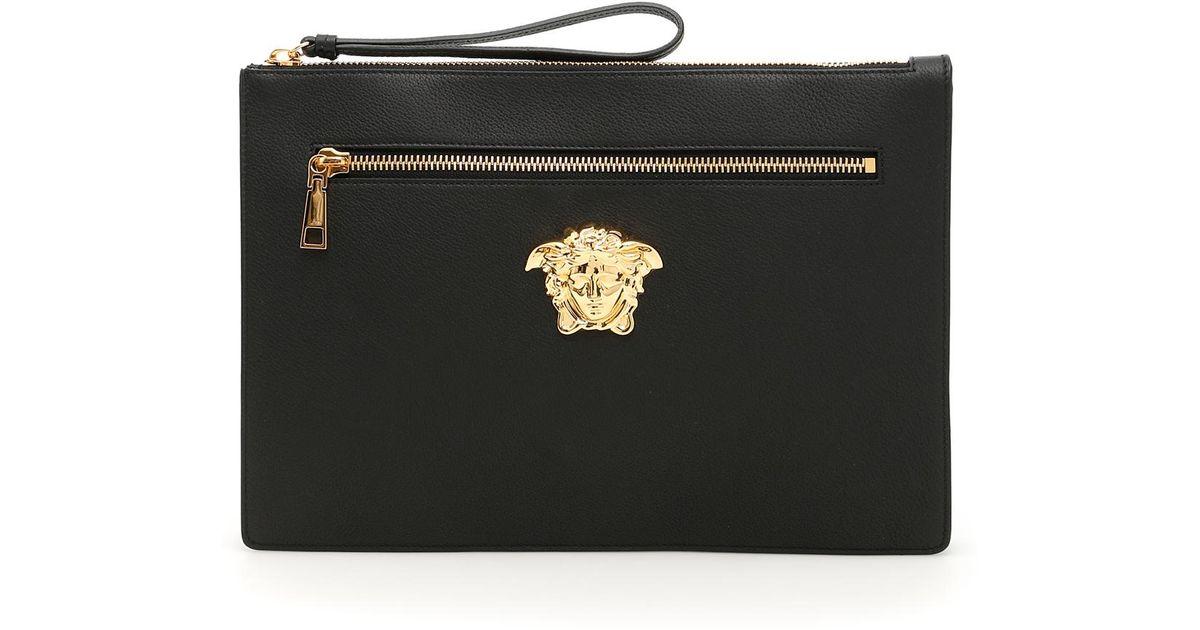 18a3e63718 Lyst - Versace Grain Leather Palazzo Clutch in Black