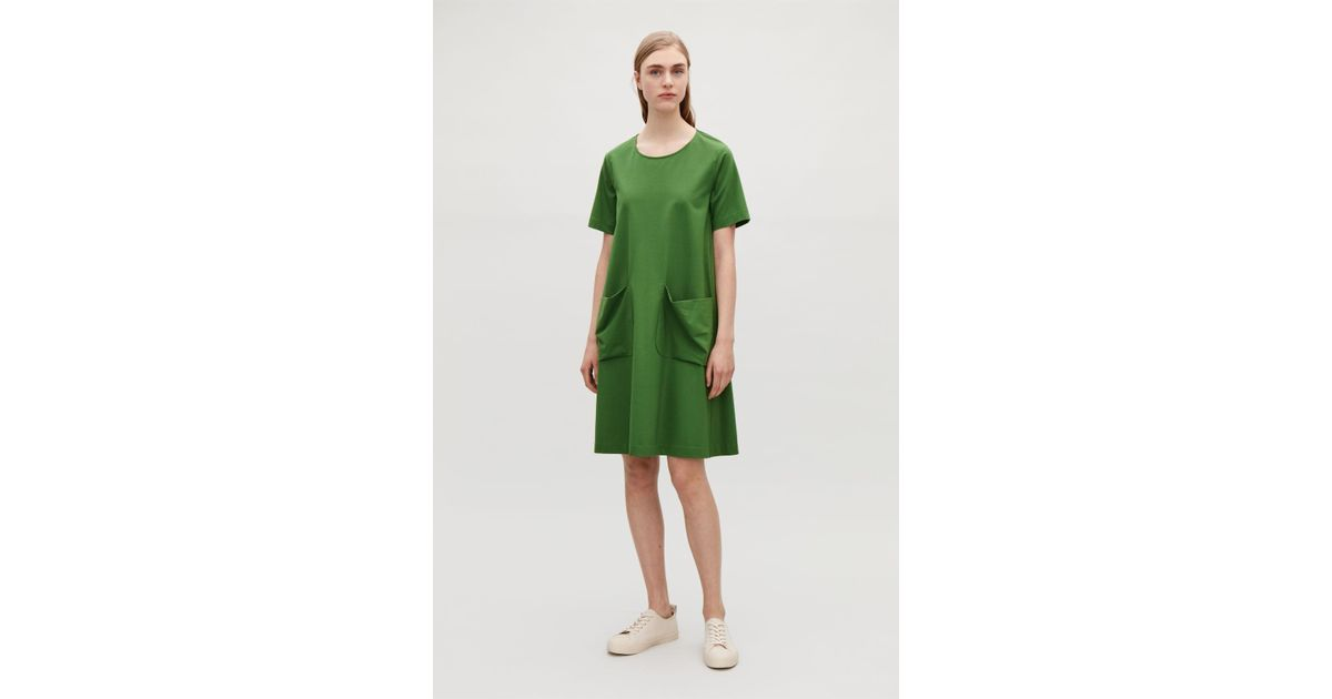b900327e6a97 COS A-line Jersey Dress in Green - Lyst