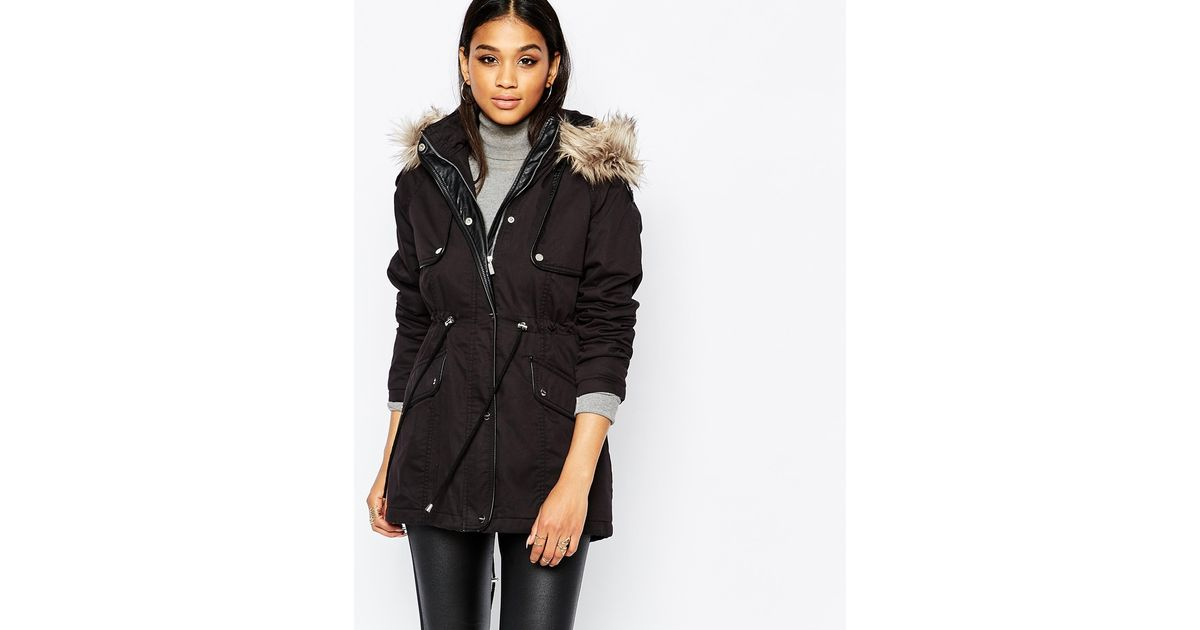 00f64c9408e69 Lipsy Michelle Keegan Loves Parka Coat With Faux Fur Collar in Black - Lyst