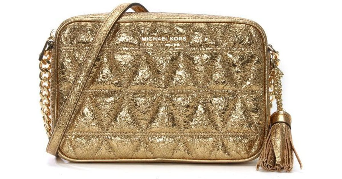 0dd30c054cd2 Michael Kors Ginny Pale Gold Leather Quilted Camera Bag in Metallic - Lyst