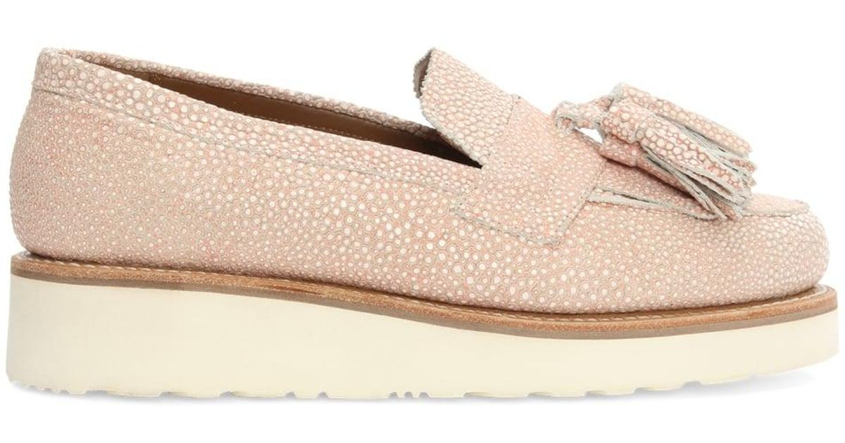 aadc946068e Grenson Clara Textured Pink Leather Tassel Loafer in Pink - Lyst